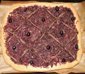 French treat: Red onionpissaladière