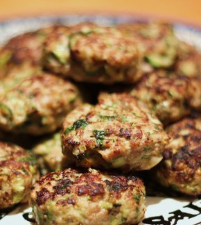 Middle Eastern supper: Spiced turkey & courgette meatballs with lemon yoghurt sauce
