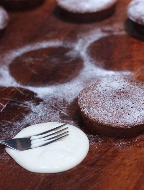flourlesschocolatecakes7