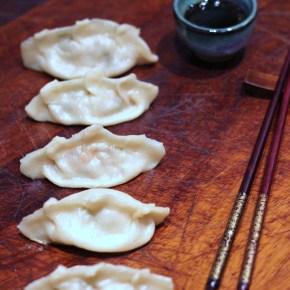 Japanese supper: Pork & prawngyoza