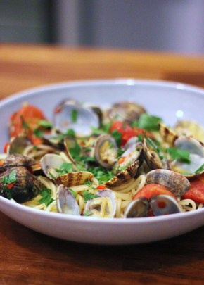 (Another) Italian supper: Spaghetti alle vongole