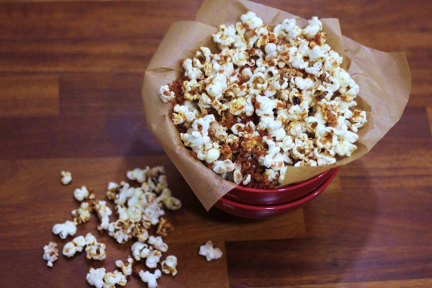 Bacon salt & maple syrup popcorn | pip & little blue