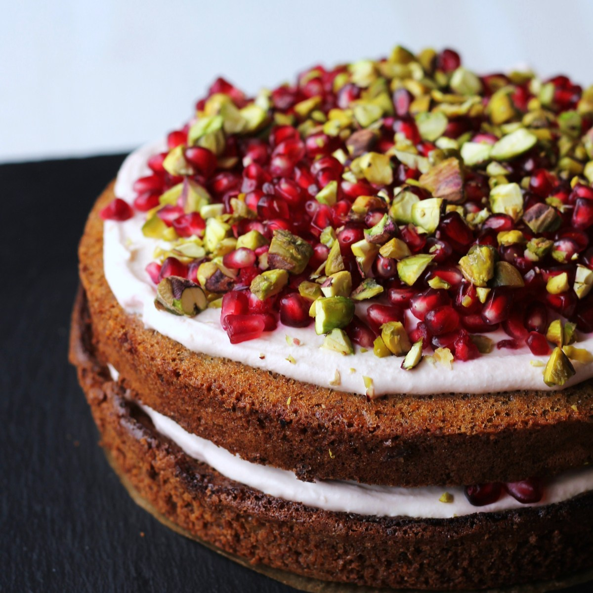 Turkish inspired: Pistachio & cardamom cake with pomegranate cream filling