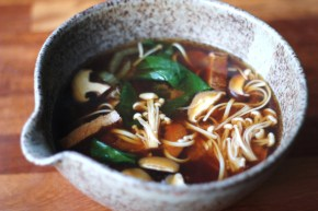 Japanese supper: Miso soup with soba noodles, mushrooms & flash-friedbeef